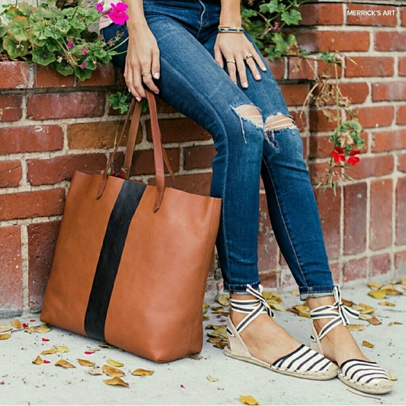 Madewell Handbags - MADEWELL Paint Stripe Transport Leather Tote